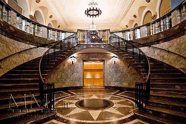 Museum Mezzanine